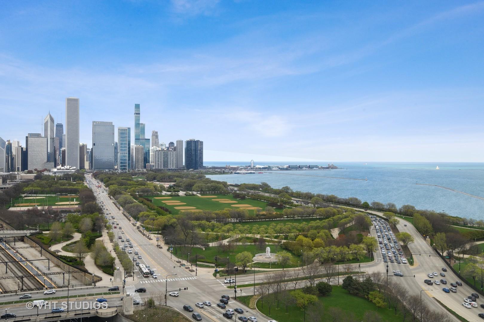 233 13th Unit Unit 2203 ,Chicago, Illinois 60605