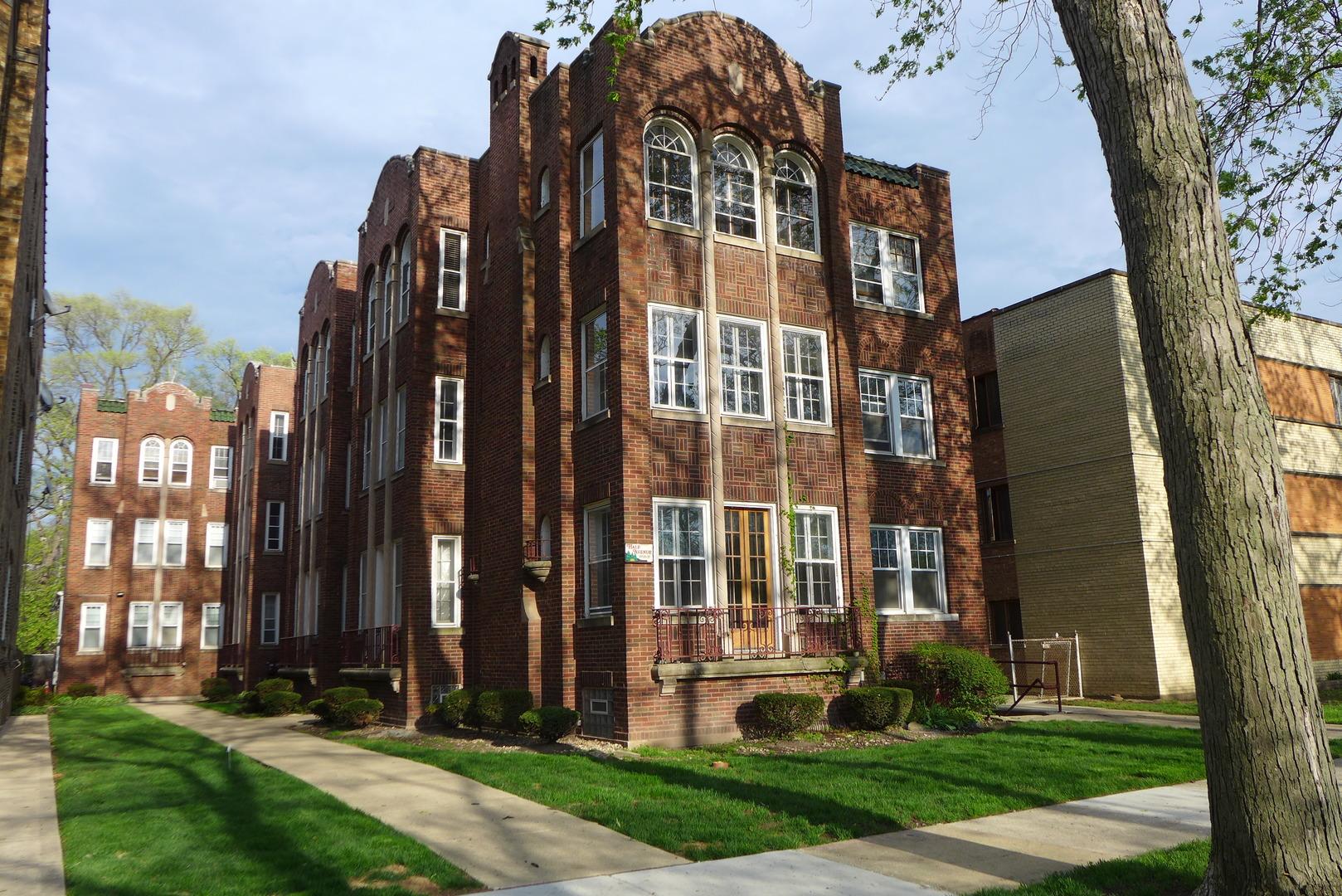 Photo of 10537 HALE Avenue Chicago IL 60643