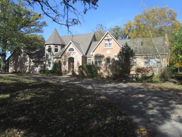 1612 Main Street, Spring Grove, IL 60081