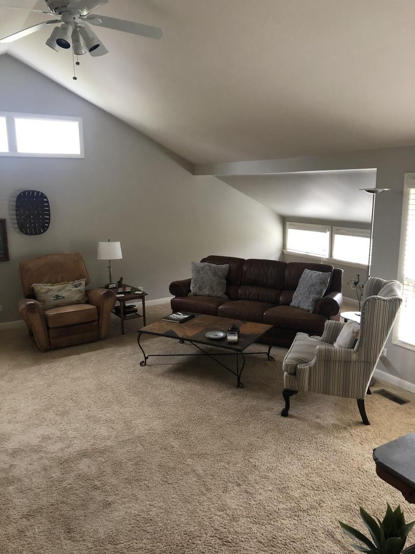 725 Dundee ,Barrington, Illinois 60010