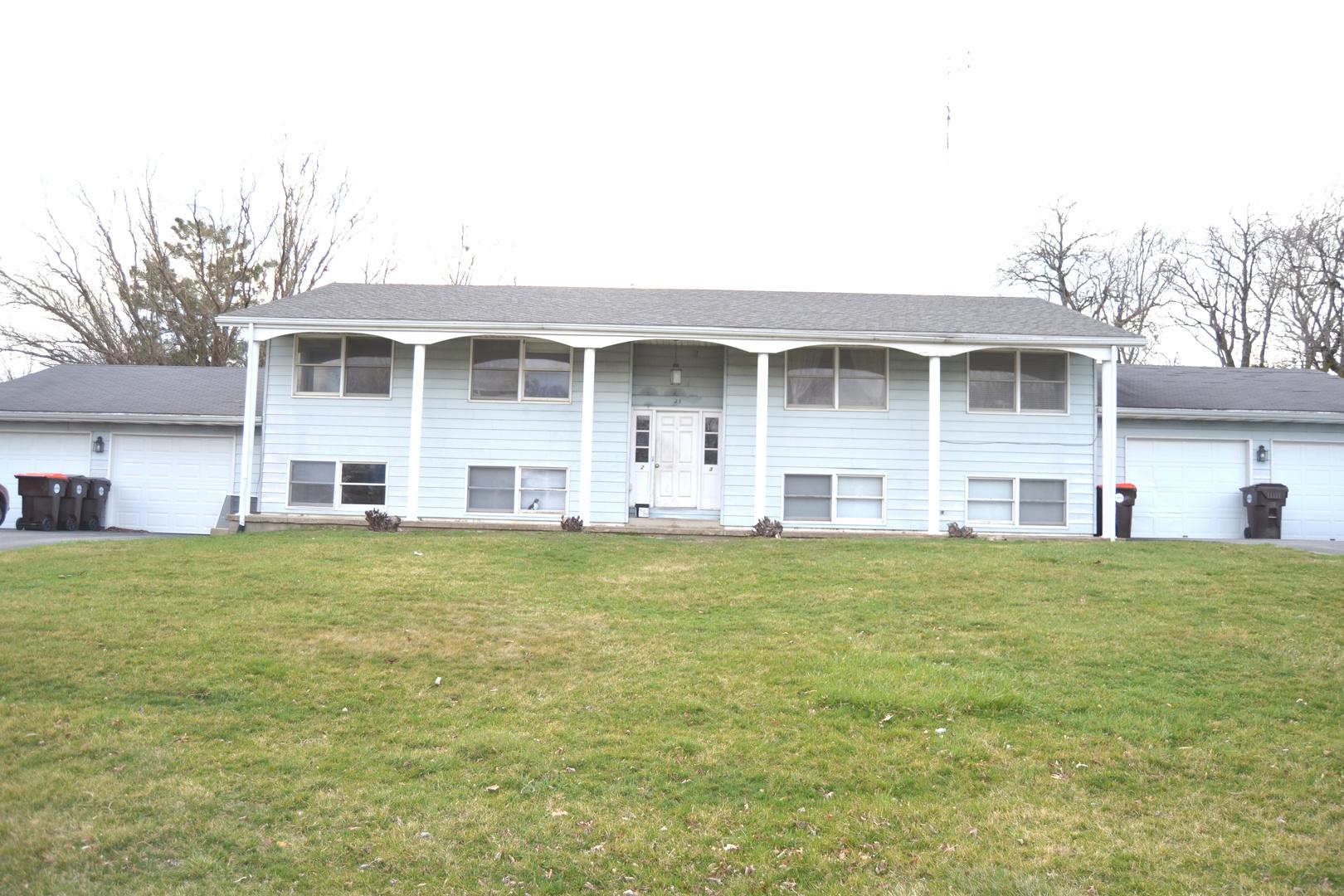 23 Rosewood ,Clinton, Illinois 61727