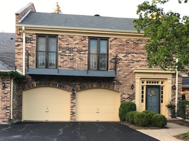 5 Court Of Overlook Bluff Ct, Northbrook IL 60062