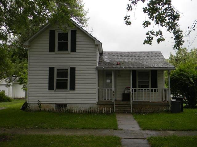 115 James ,Forrest, Illinois 61741