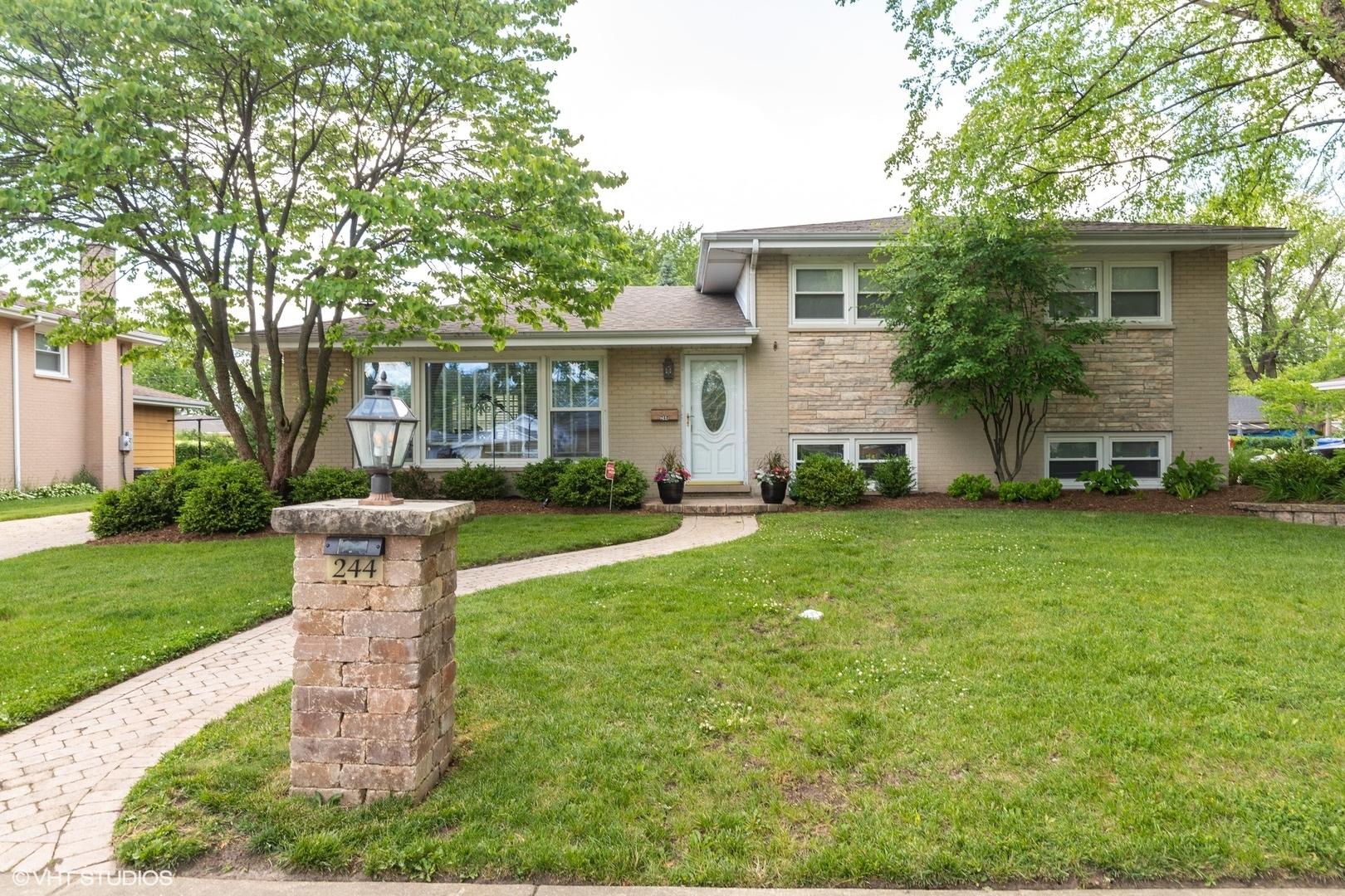 244 Michael Manor #  Glenview IL 60025