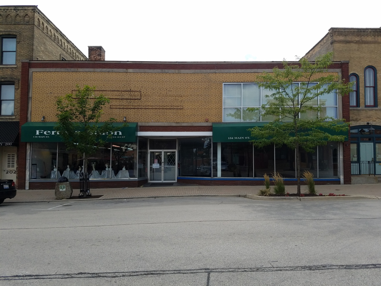 134 Main, West Chicago, Illinois 60185