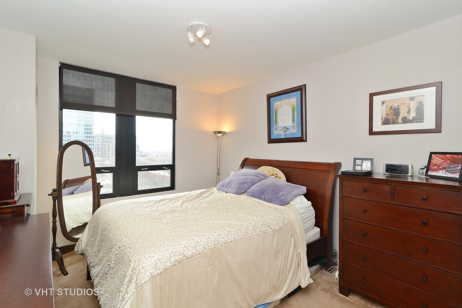 1255 State Unit Unit 917 ,Chicago, Illinois 60605