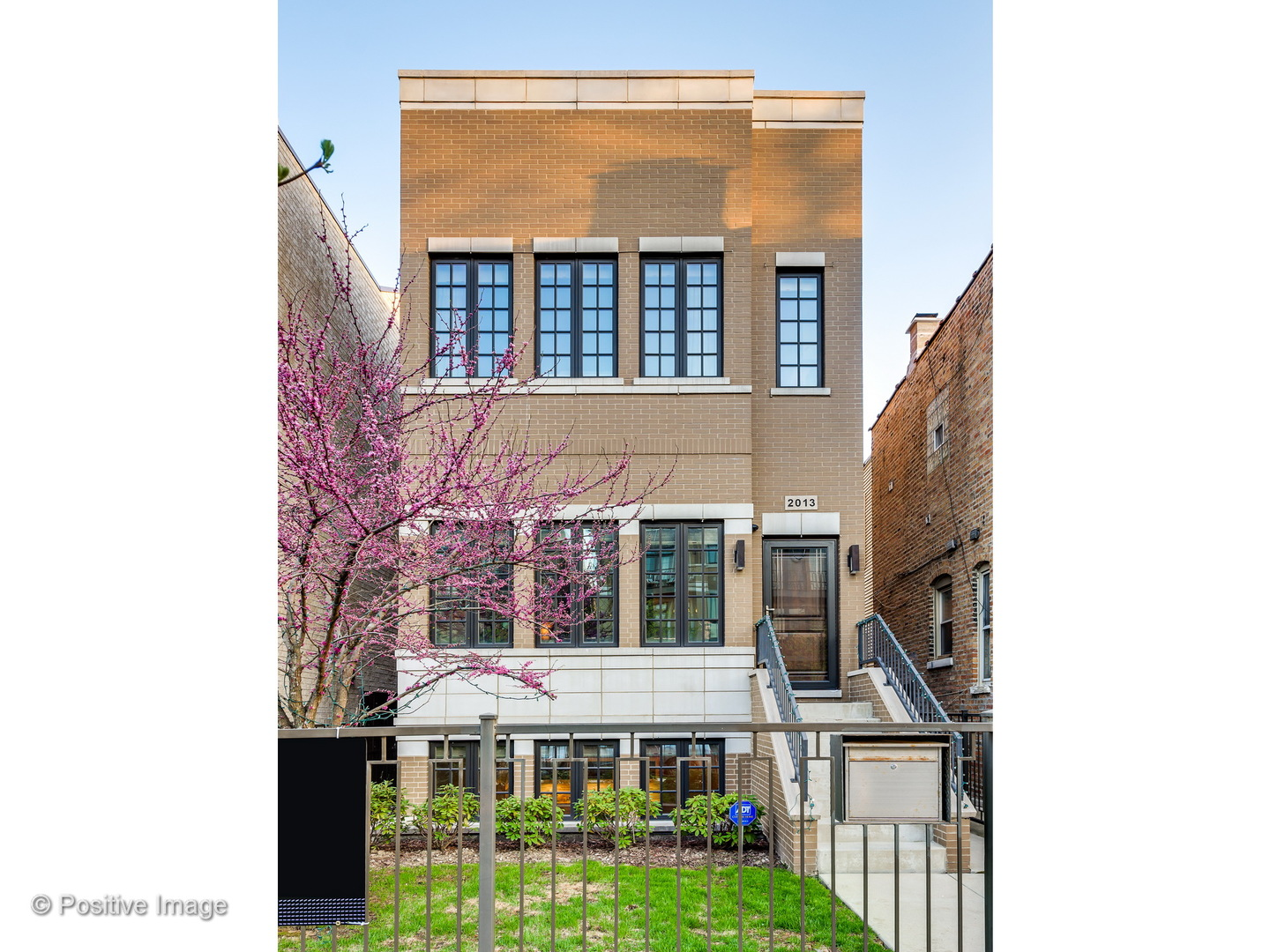 2013 West Erie Avenue, Chicago-West Town, IL 60622