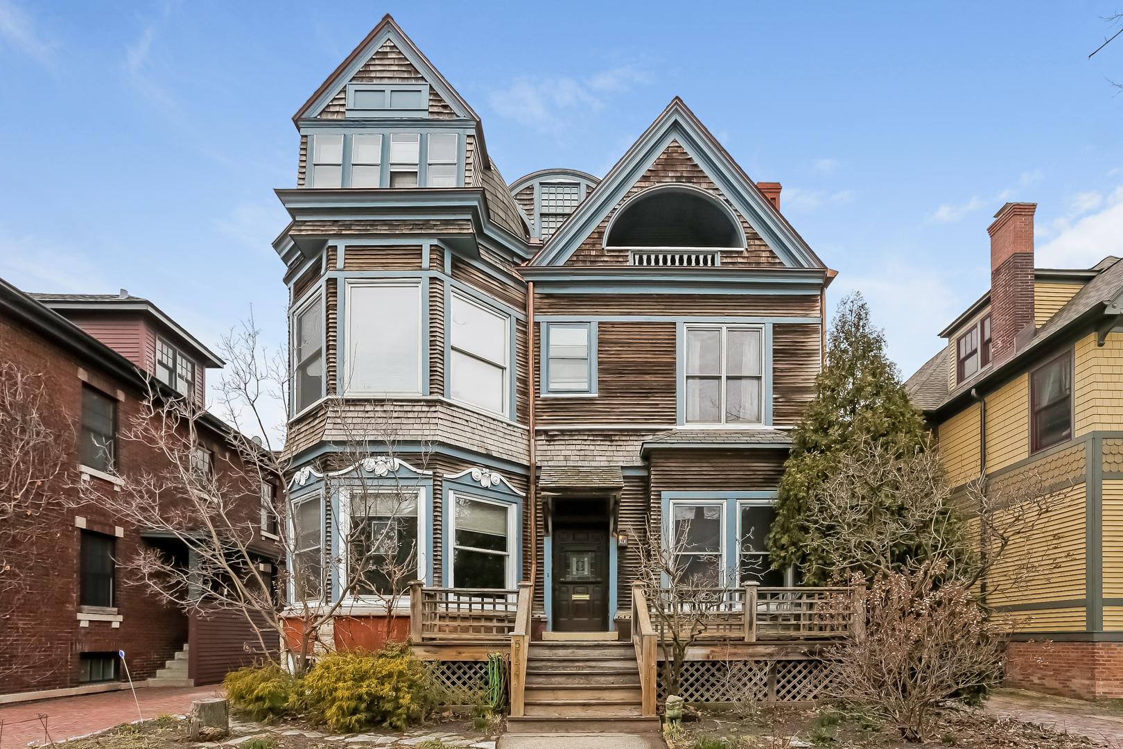 5744 South Harper Avenue, Chicago-Hyde Park, IL 60637
