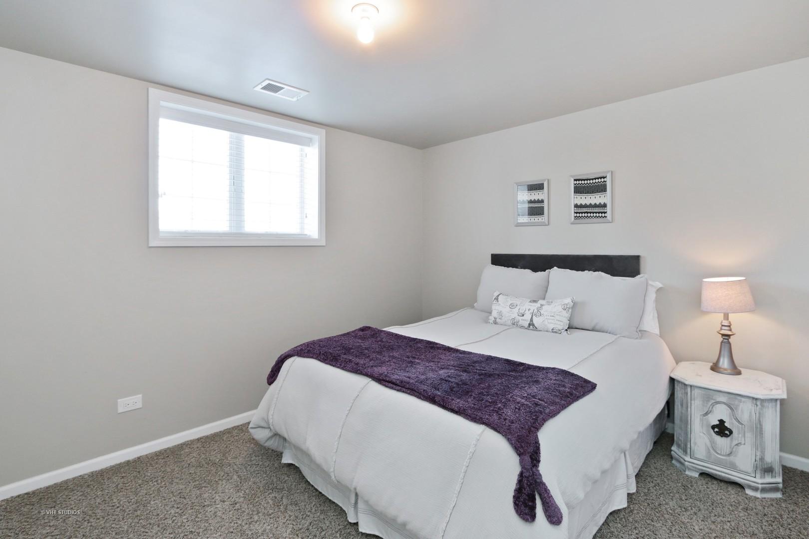 PropertyUP[09974642]|sale| 4 Prairie landings Hawthorn woods ...