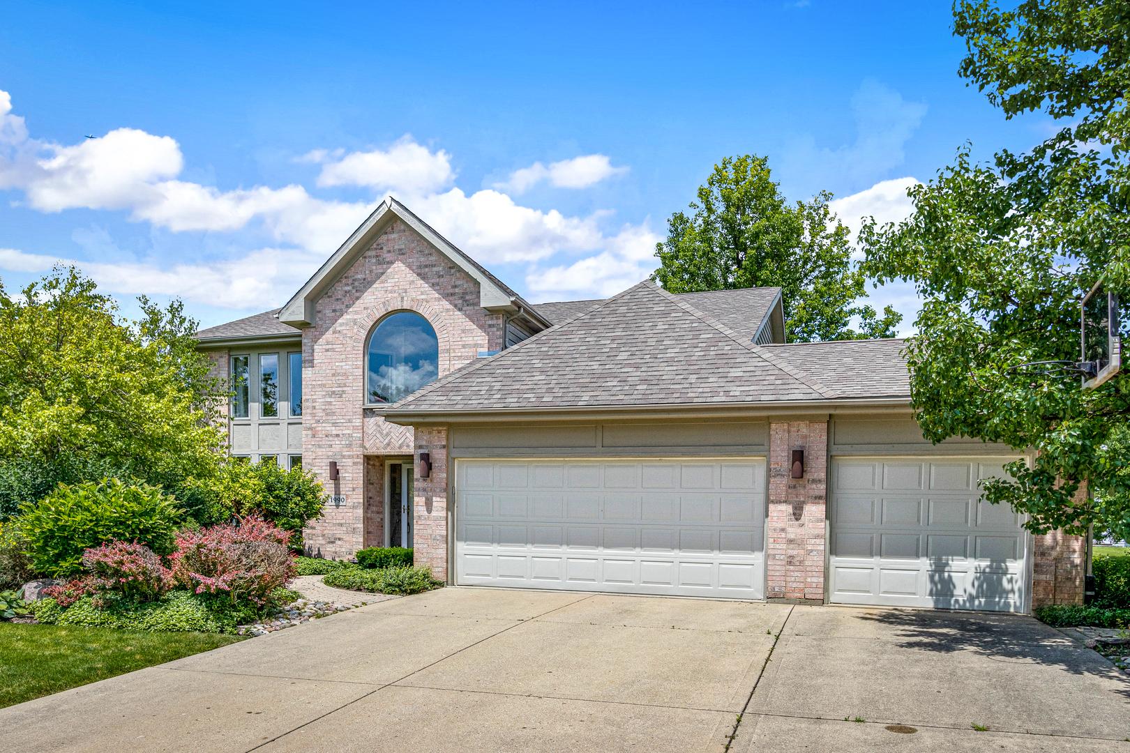 1990 Sheridan ,Buffalo Grove, Illinois 60089