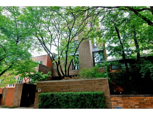 336 West Wisconsin Street, Chicago-lincoln Park, IL 60614