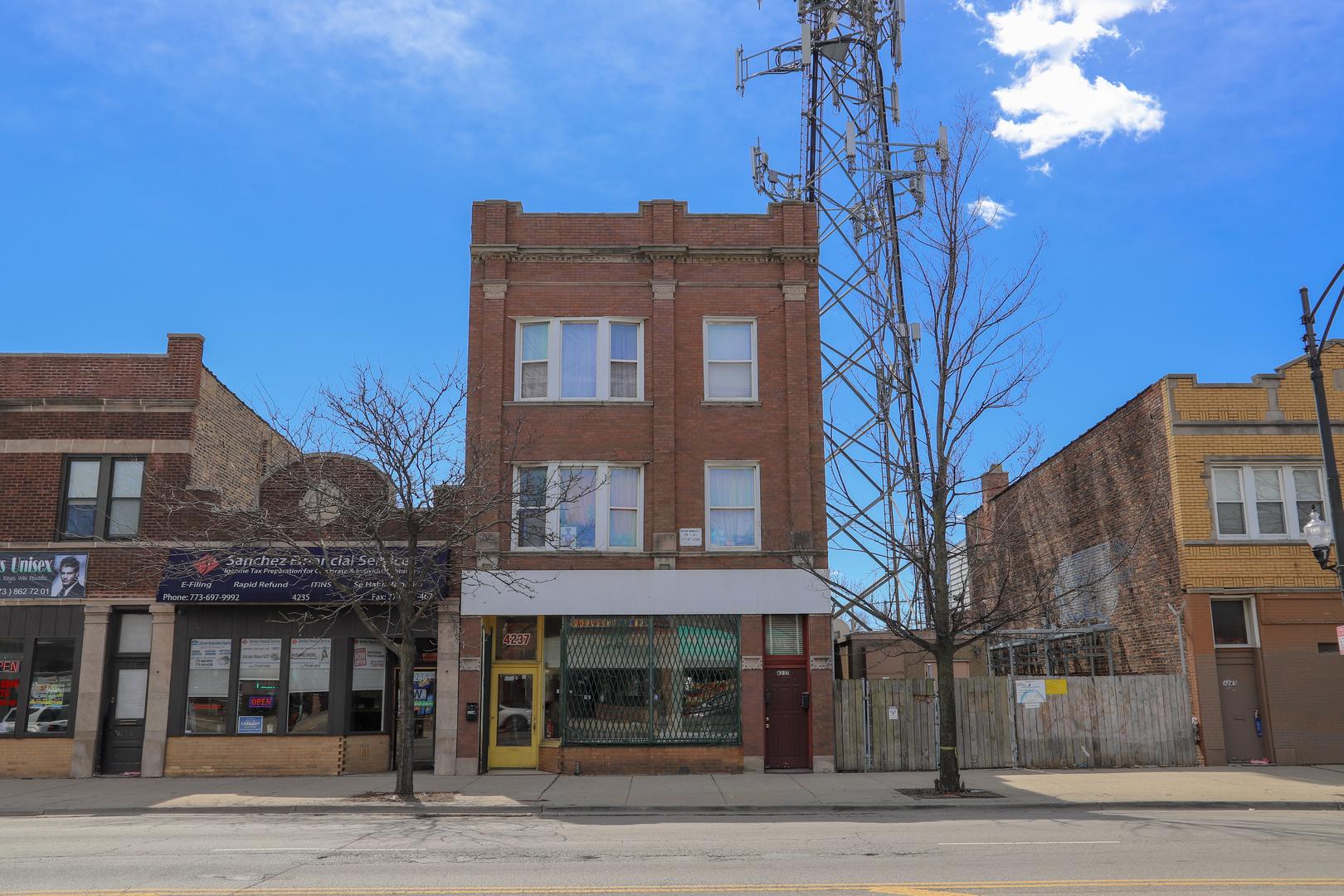 4237 Fullerton ,Chicago, Illinois 60639