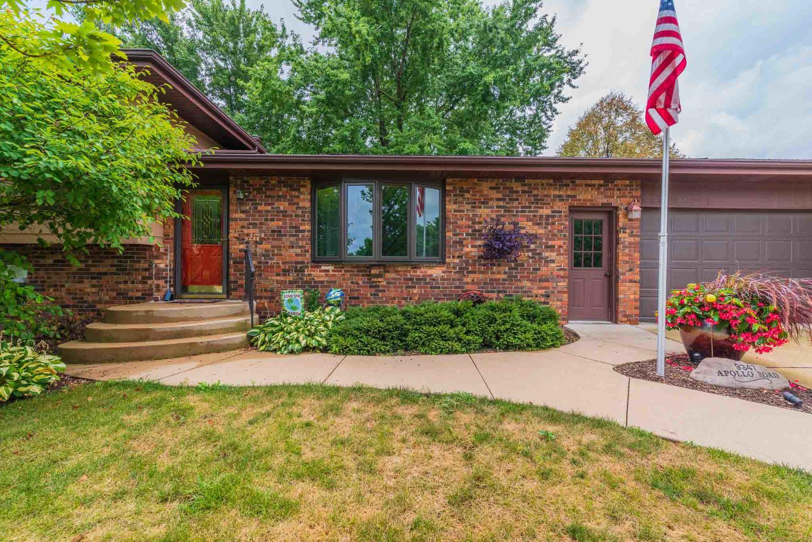 9347 Apollo ,Bloomington, Illinois 61705
