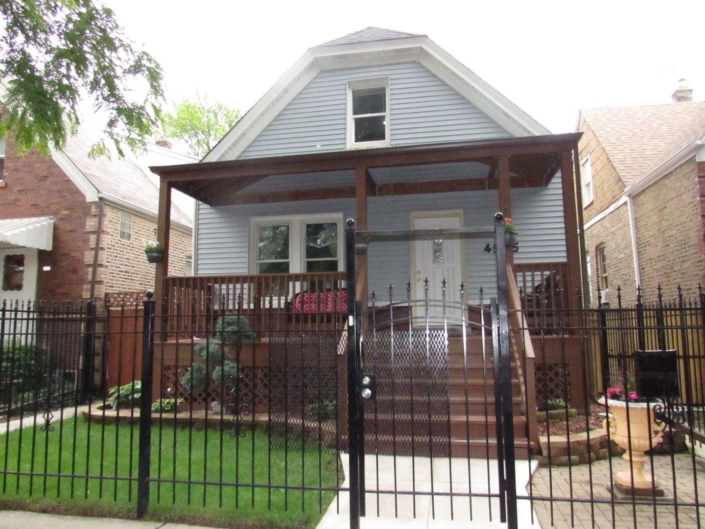 4545 WEST MONTANA STREET, CHICAGO, IL 60639