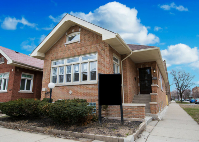 7659 Cornell ,Chicago, Illinois 60649
