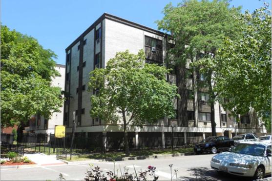 1022 W Catalpa Ave apartments for rent at AptAmigo
