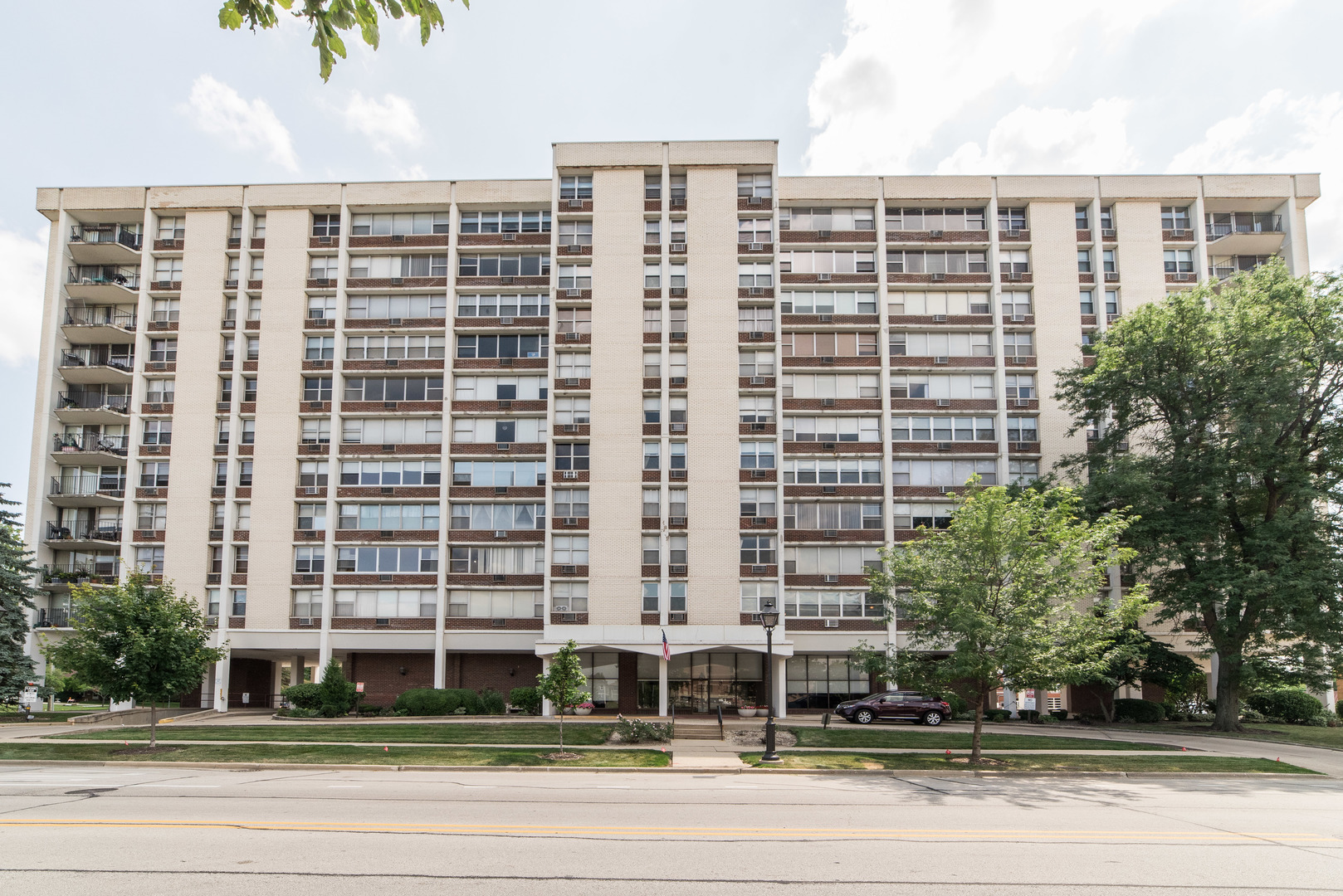 33 Main Unit Unit 7g ,Lombard, Illinois 60148