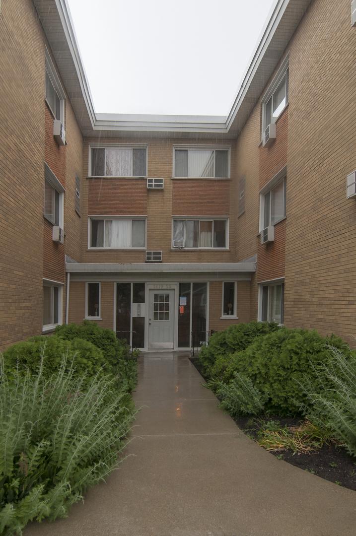 1619 W Howard St Unit B2, Evanston IL 60202