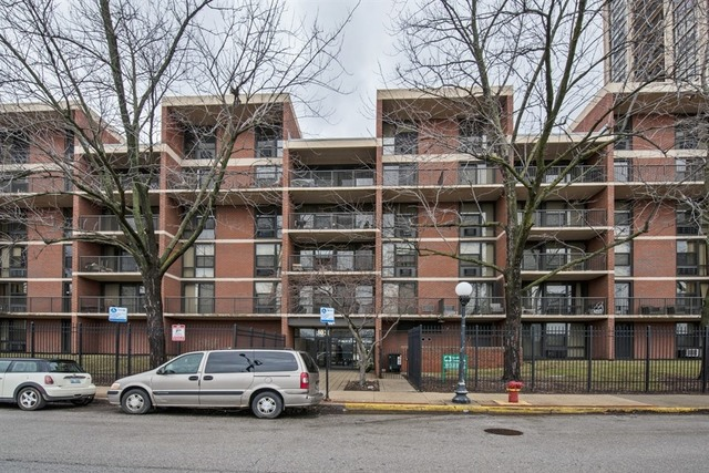 $105,000 - 2Br/2Ba -  for Sale in Chicago