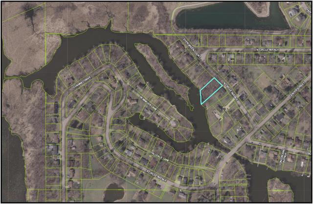1081 Circle ,Port Barrington, Illinois 60010