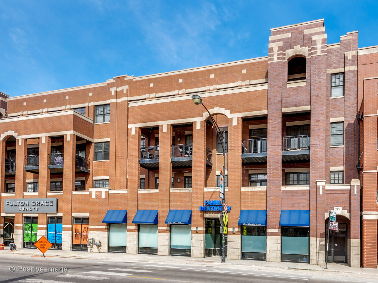 2859 N Halsted Street 202, Chicago, Illinois 60657