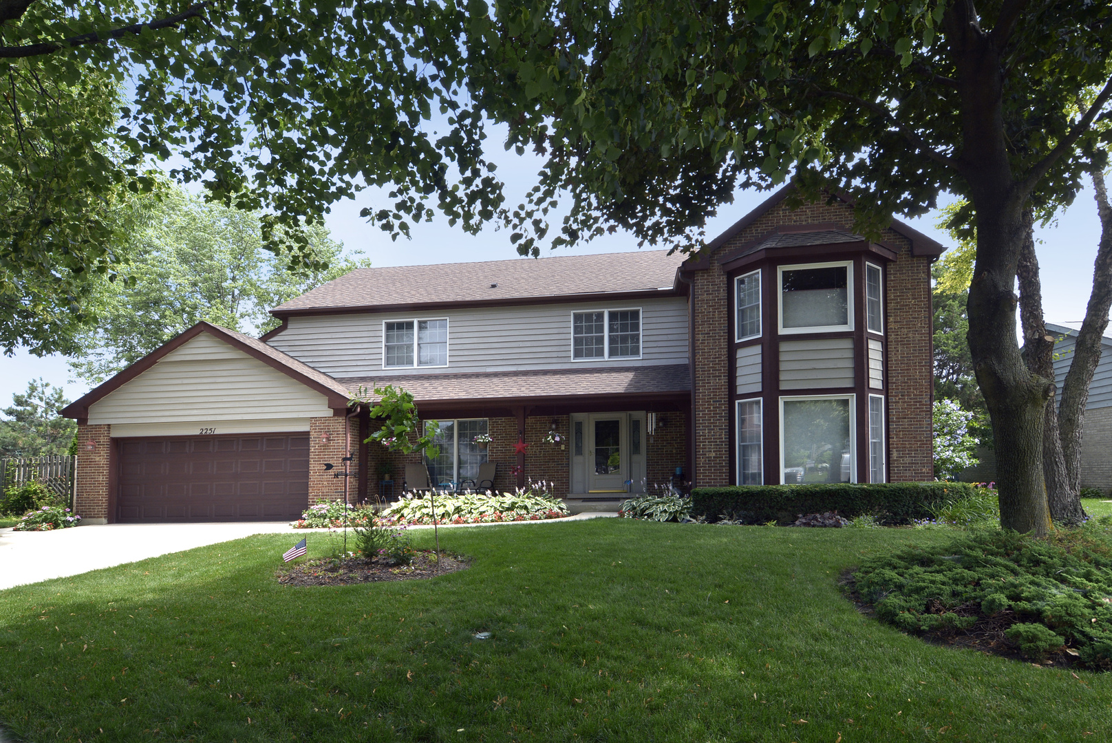 Arlington Heights, IL Investment properties - Picket Fence