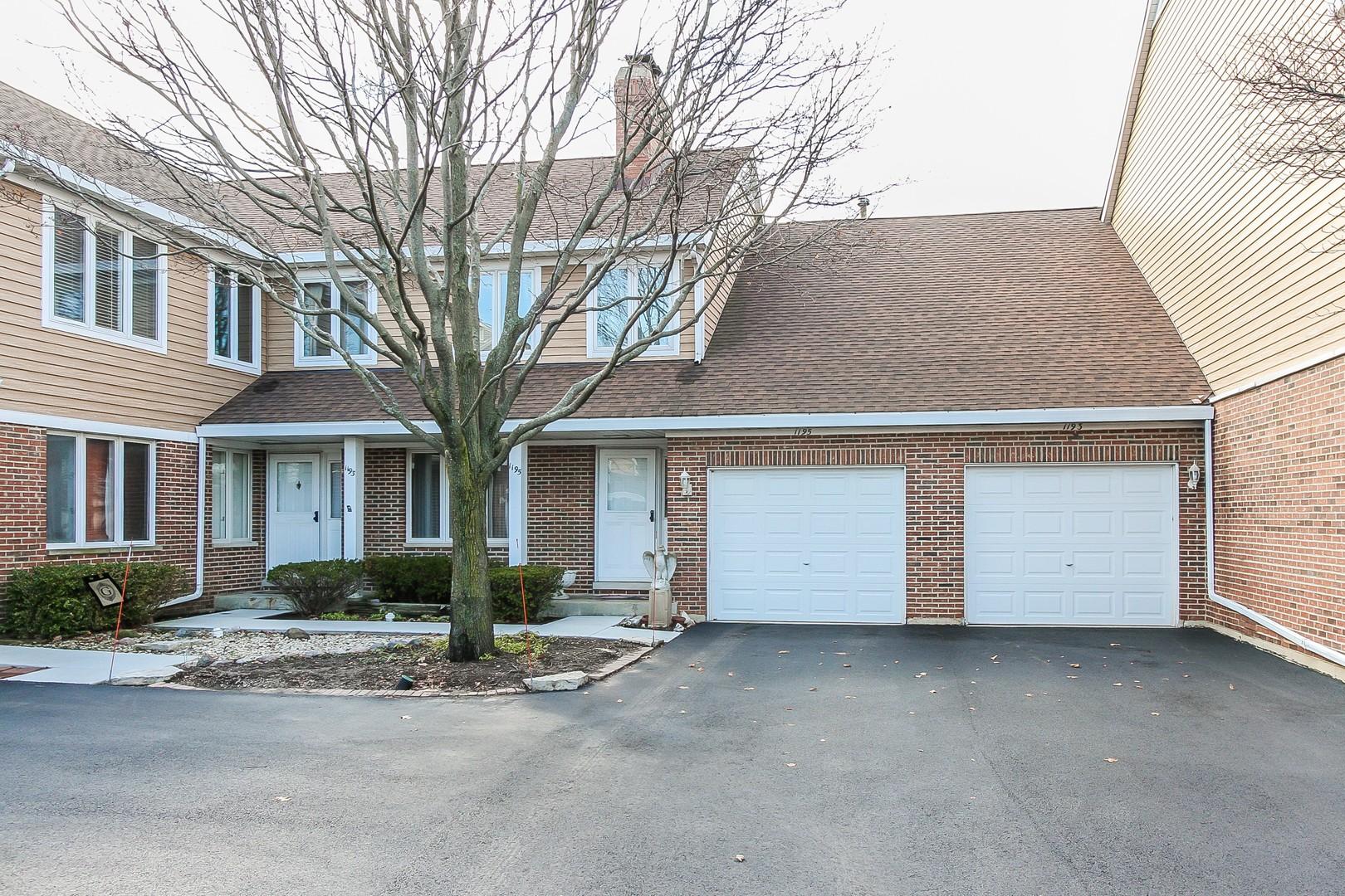 1195 South Linneman Road, Mount Prospect, IL 60056