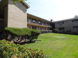 1425 Touhy Unit Unit 202 ,Park Ridge, Illinois 60068