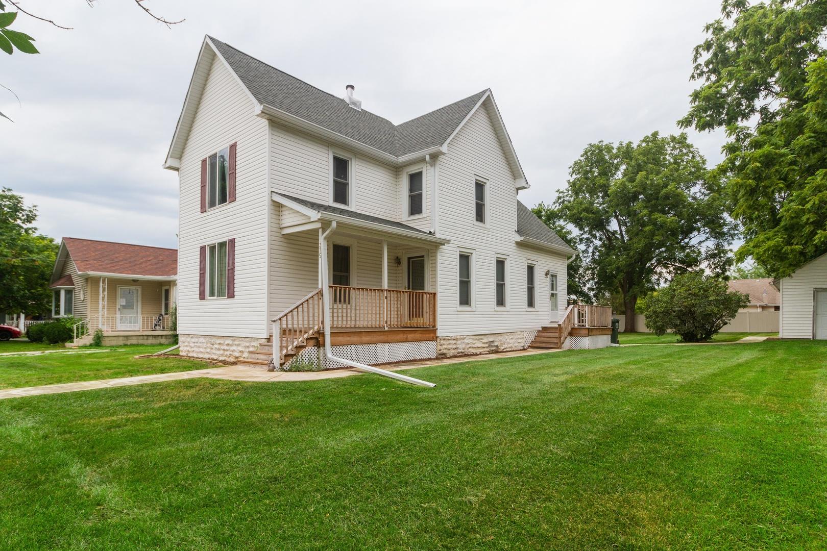 375 Orchard ,Chebanse, Illinois 60922