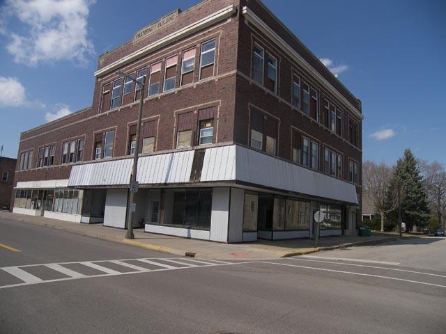 102 Walnut ,Oglesby, Illinois 61348