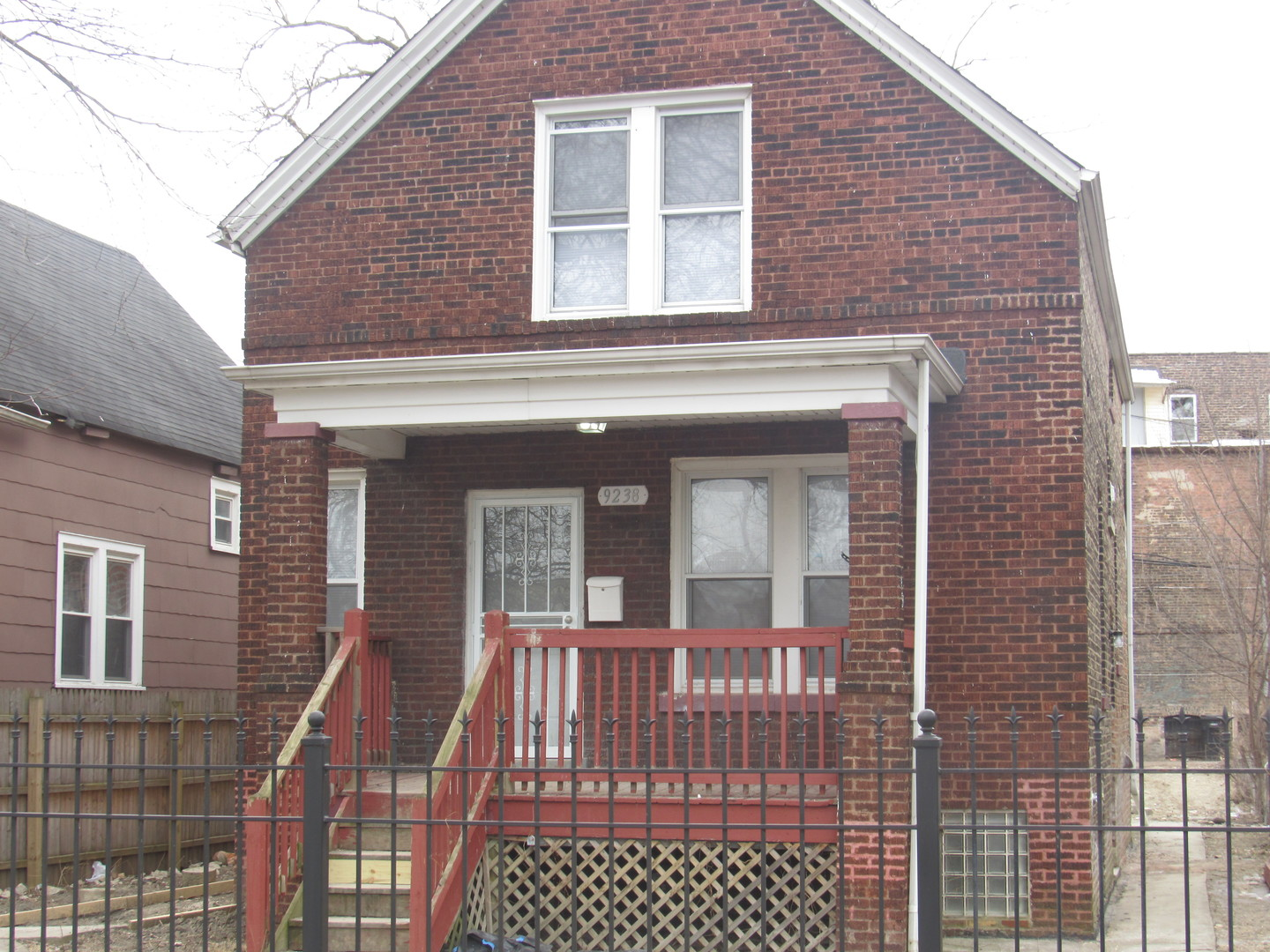 9238 SOUTH DAUPHIN AVENUE, CHICAGO, IL 60619