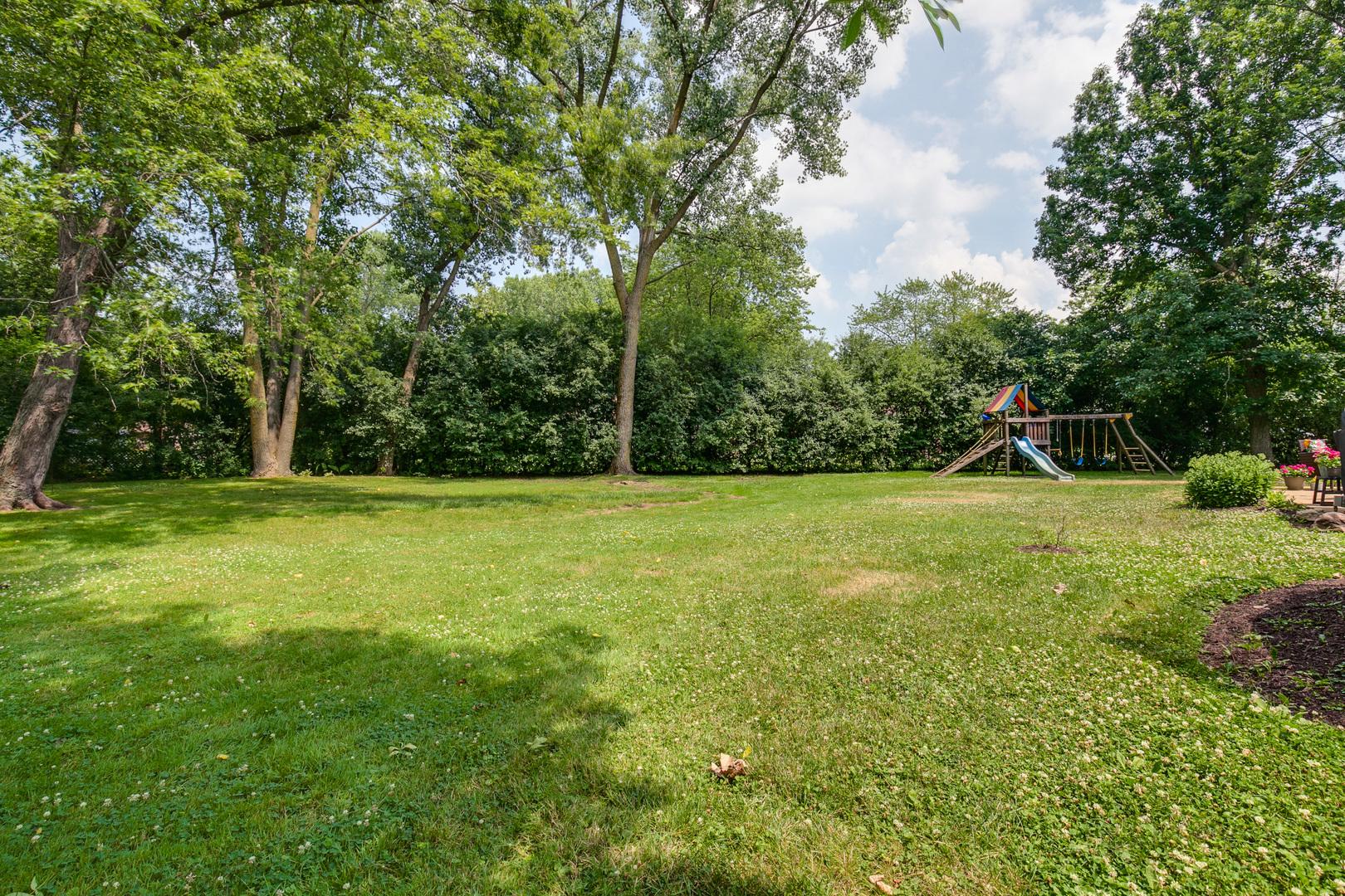 1942 Kenton ,Green Oaks, Illinois 60048