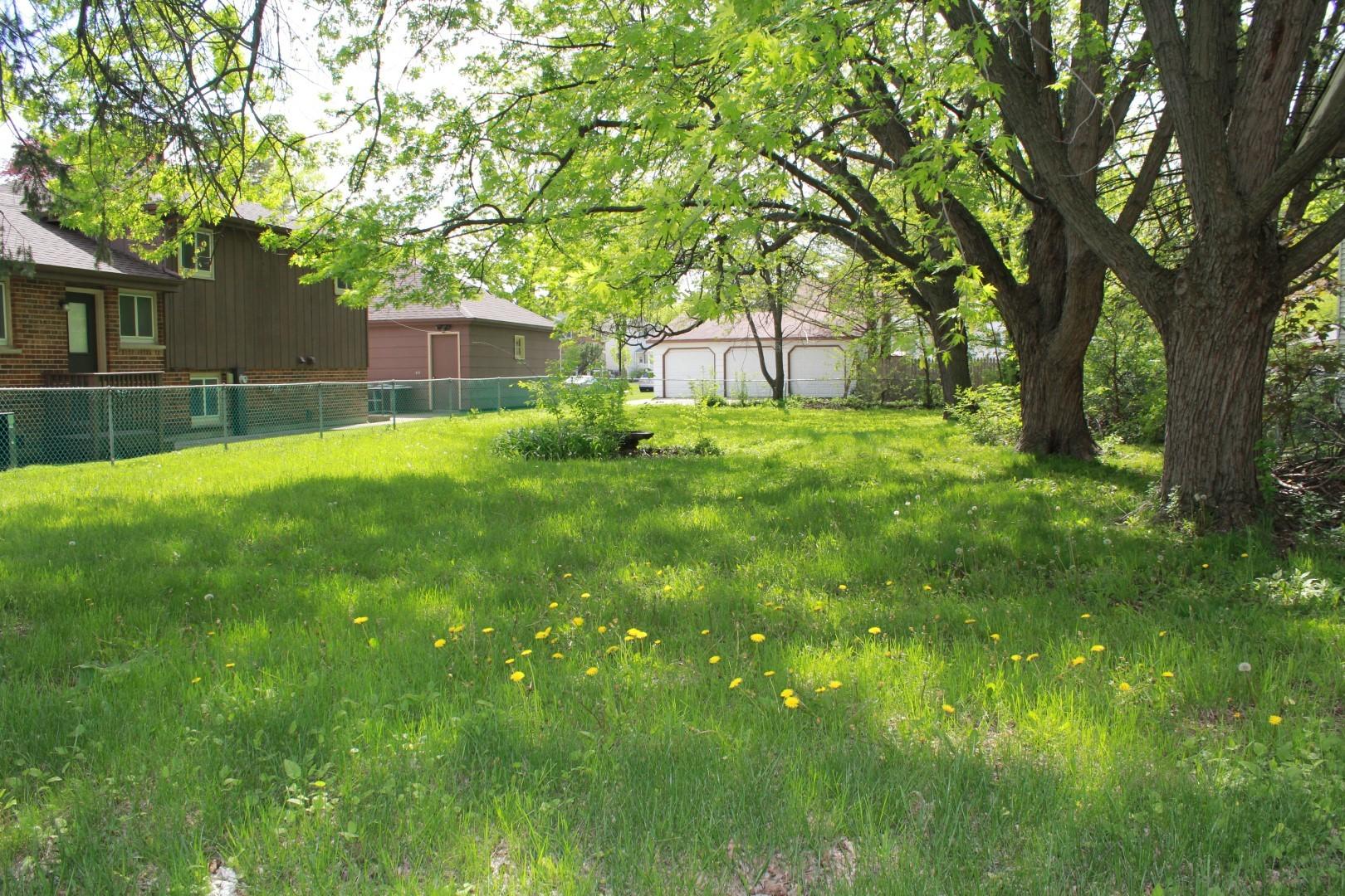 1124 River, Des Plaines, Illinois 60016