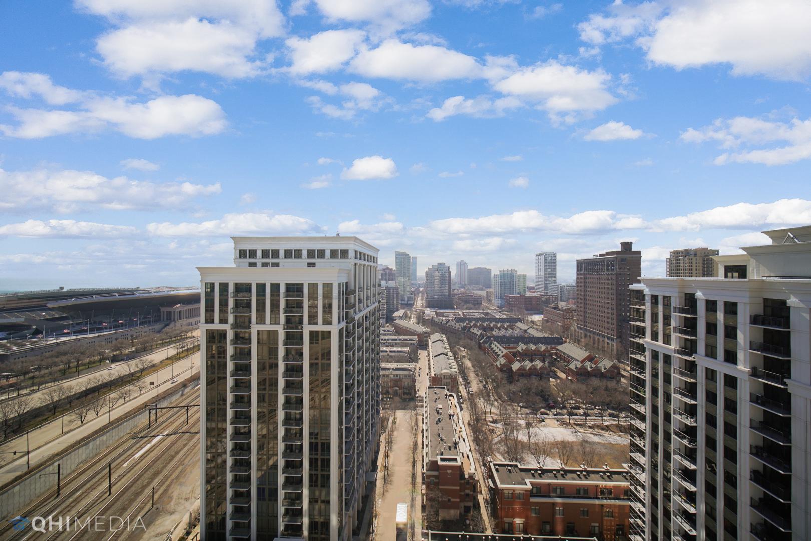233 13th Unit Unit 2108 ,Chicago, Illinois 60605