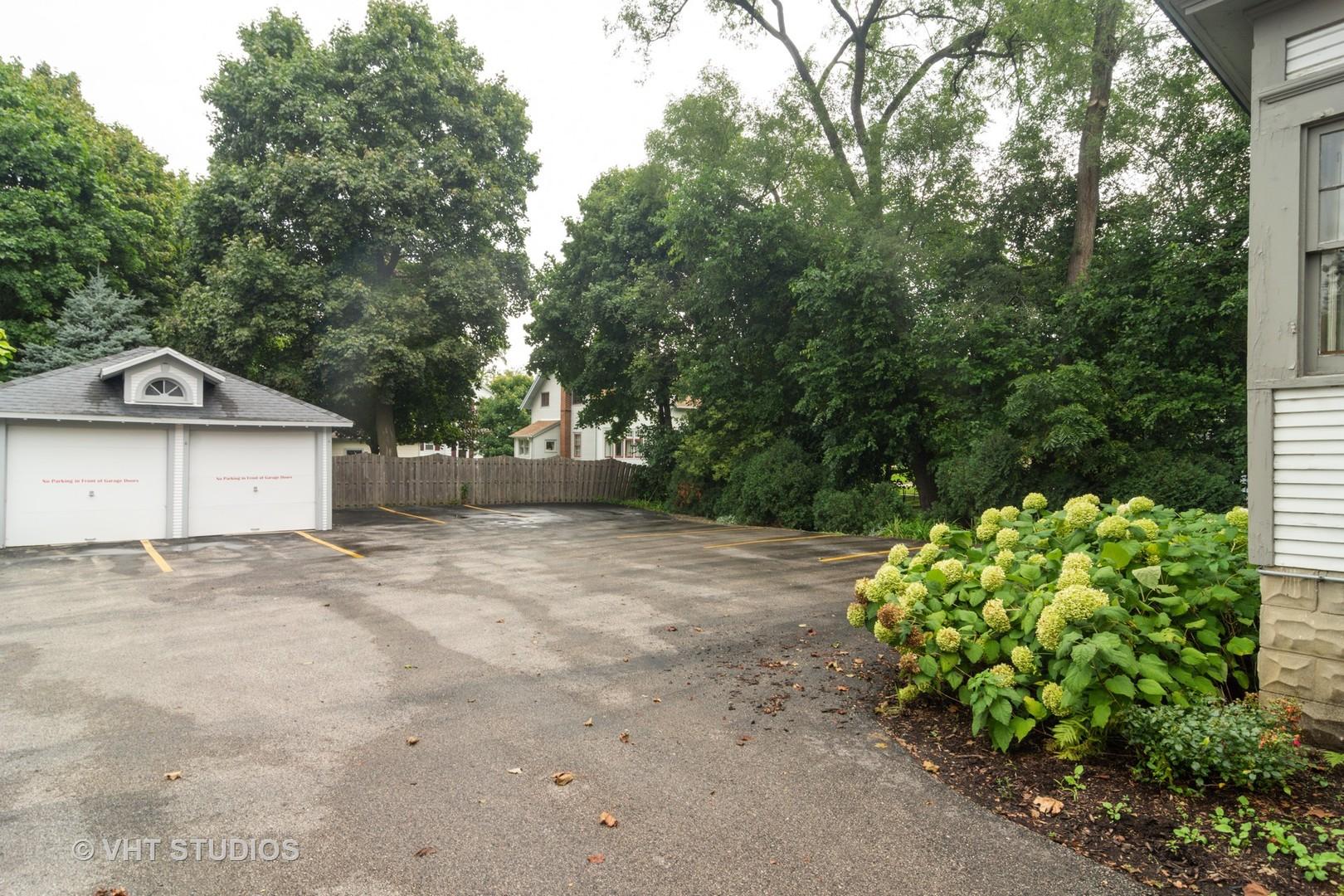 308 Main ,Barrington, Illinois 60010
