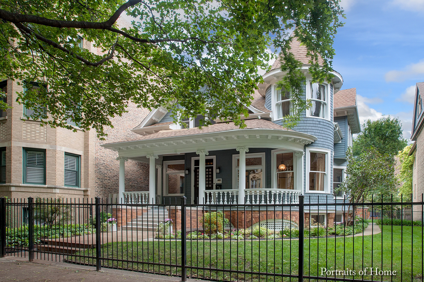 Maison unifamiliale pour l Vente à 5049 North Winchester Avenue 5049 North Winchester Avenue Chicago, Illinois,60640 États-Unis