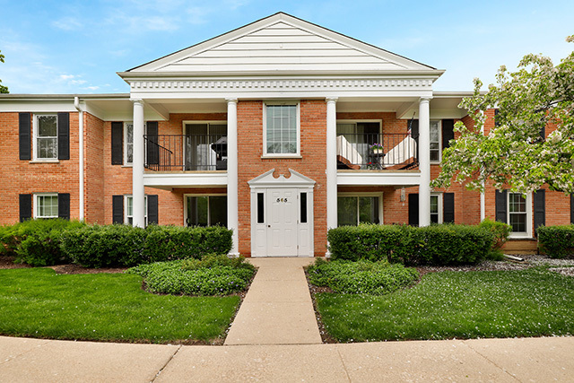565 Shorely Unit Unit 202 ,Barrington, Illinois 60010