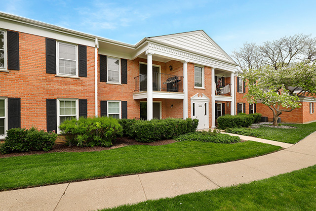 565 Shorely Unit Unit 202 ,Barrington, Illinois 60010