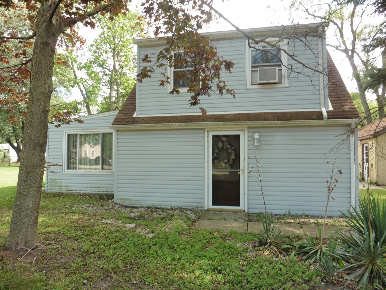 563 Harding, Lombard, Illinois 60148