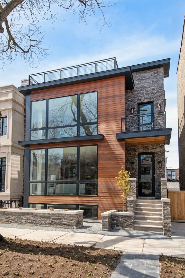 3810 North Wayne Avenue, Chicago-lake View, IL 60613