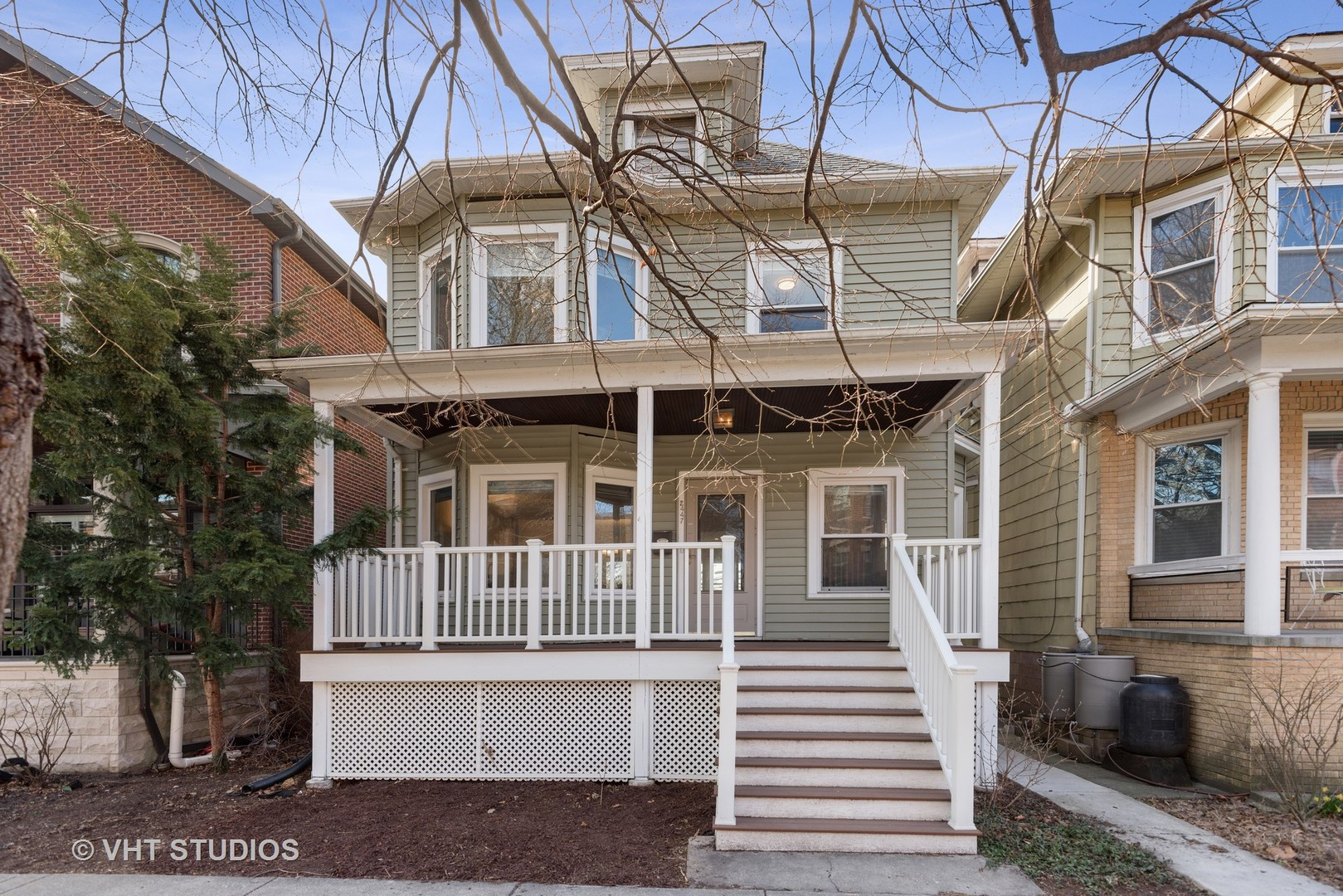 2447 Wilson ,Chicago, Illinois 60625