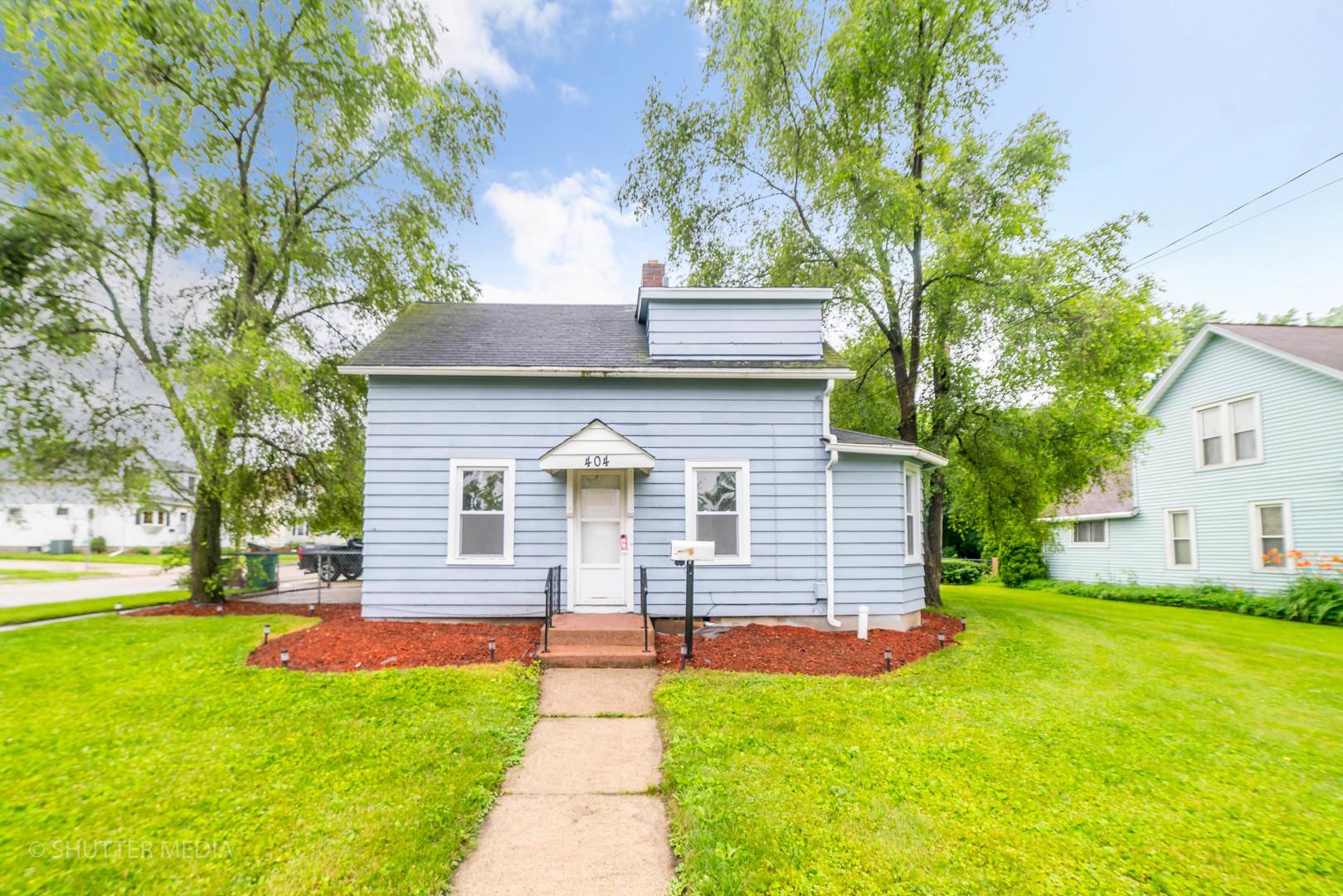 404 Charles ,Sycamore, Illinois 60178