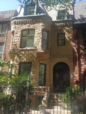 32 E Bellevue Place, Chicago, IL 60611