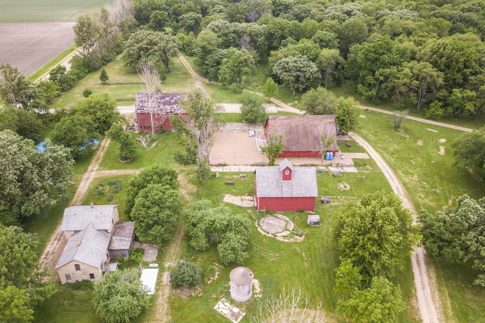 3719 SUYDAM ROAD, EARLVILLE, IL 60518