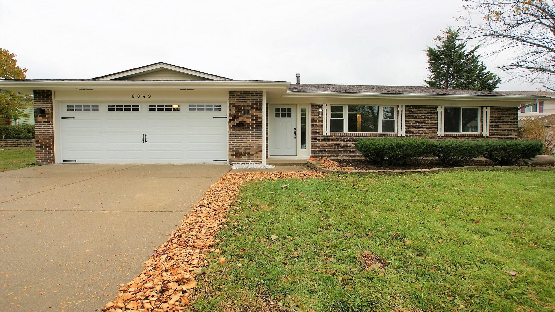 6849 Eastside ,Woodridge, Illinois 60517