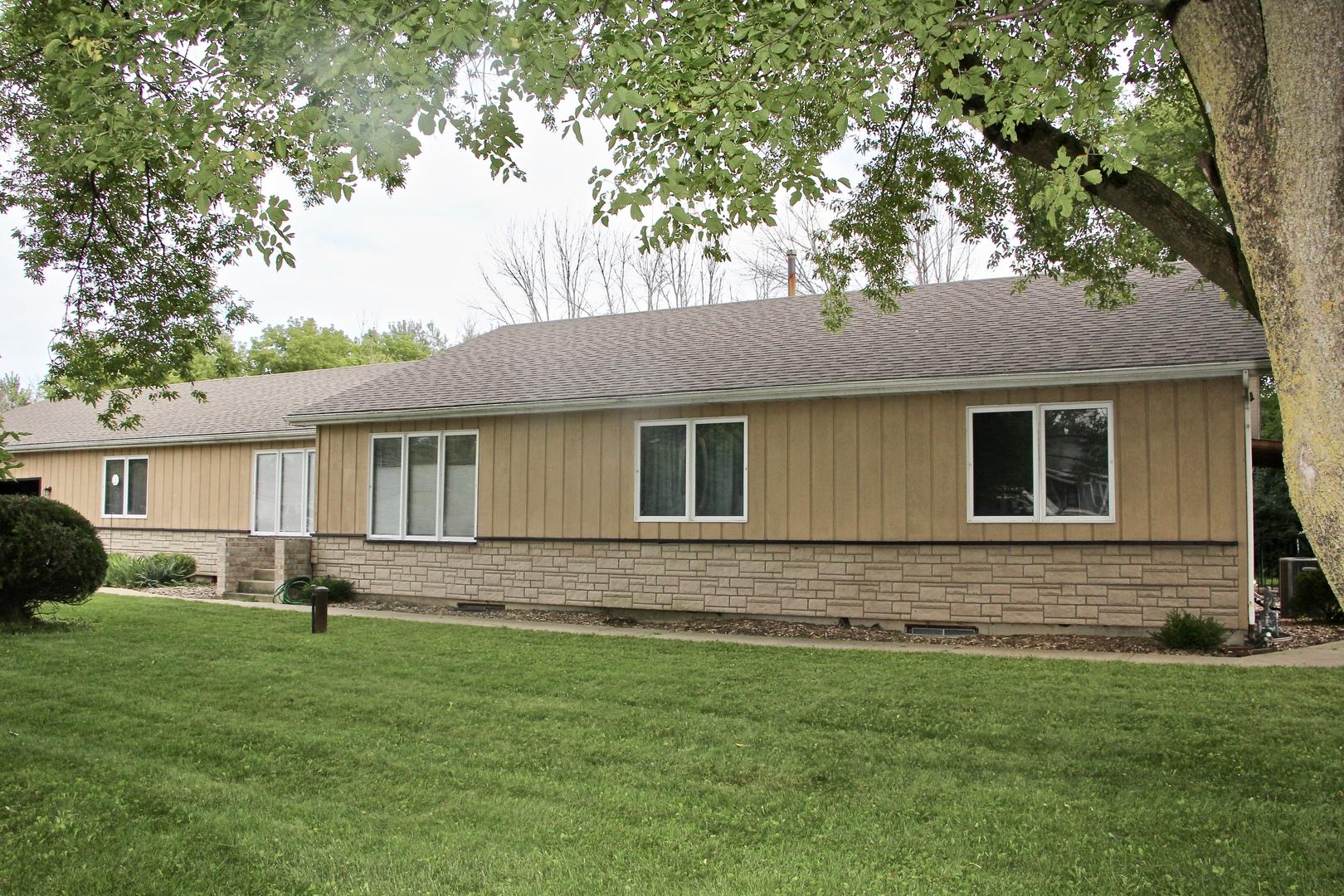 12285 W Yorkhouse Rd, Beach Park IL 60087