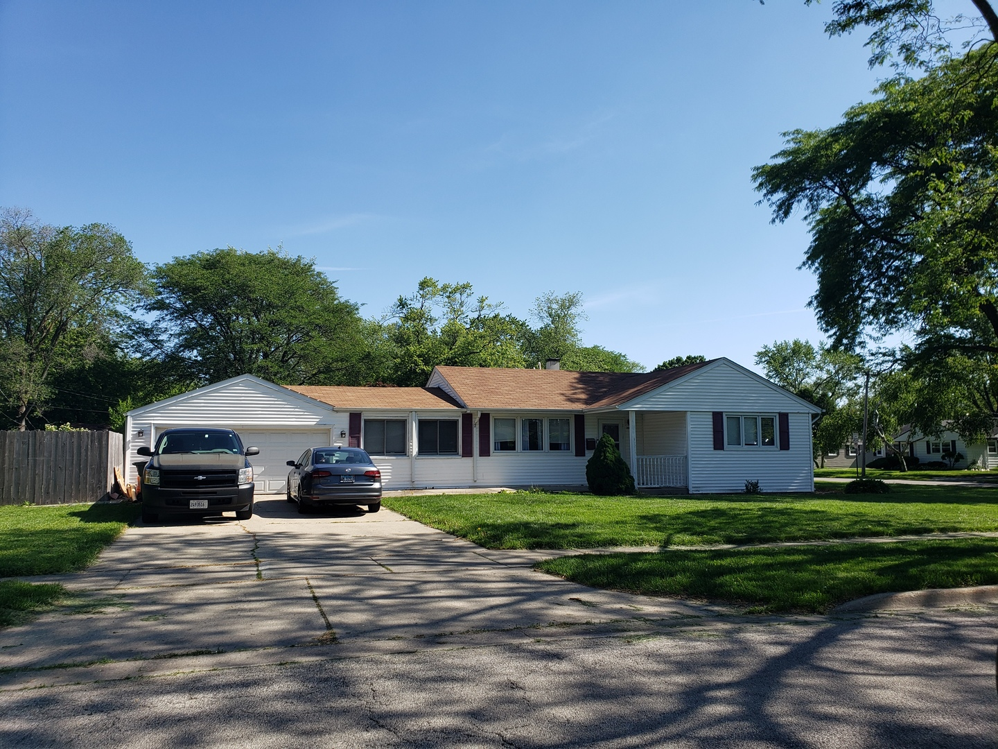Photo of 2100 Grouse Lane Rolling Meadows Illinois 60008