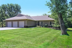 21365 West Cliffside Drive, Kildeer, IL 60047