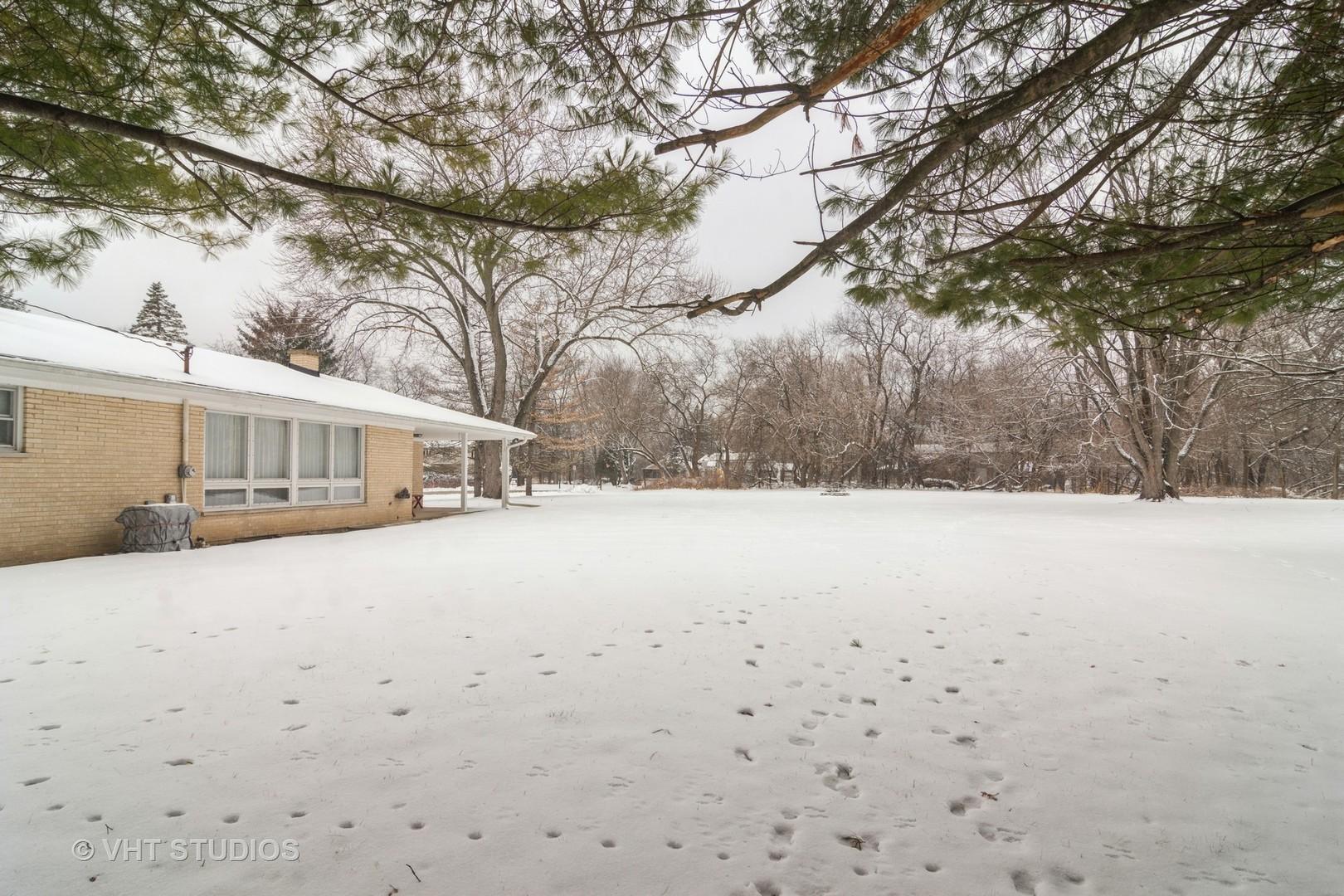 28470 Maple ,Barrington, Illinois 60010
