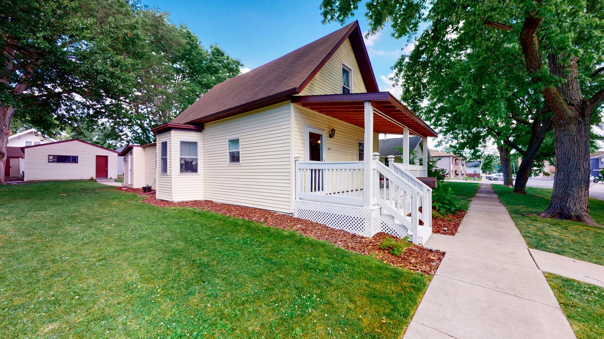 203 Cedar ,Lexington, Illinois 61753